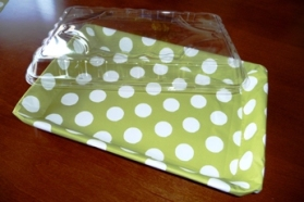 Chartreuse dots lined brownie tray