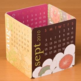 PS Mini Desk Calendar cube2