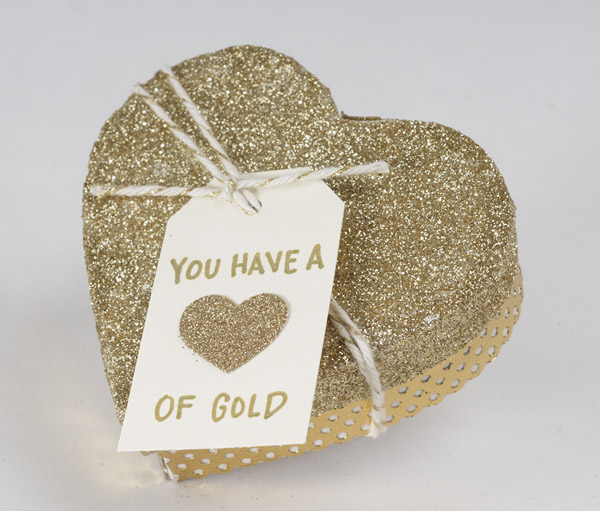 http://blog.papersource.com/wp-content/uploads/2015/01/Heart-of-Gold-Box-3.jpg