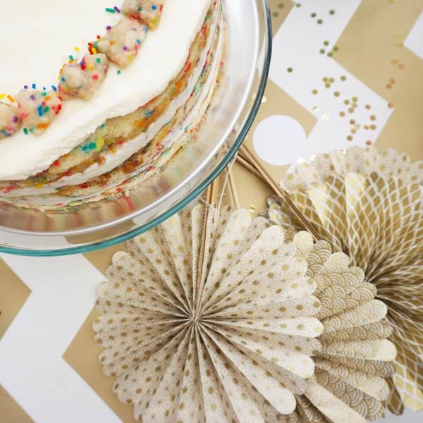 party fan cake