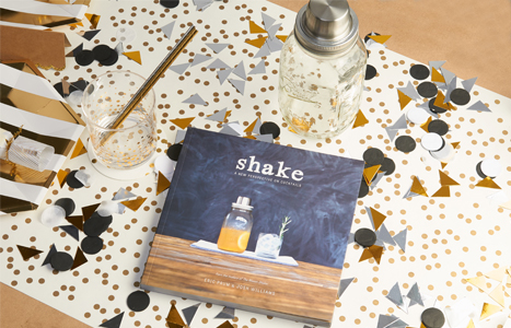 Shake cocktail recipe book
