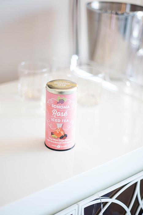 Rosé iced tea
