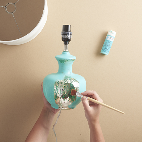 painting a lamp with aqua paint